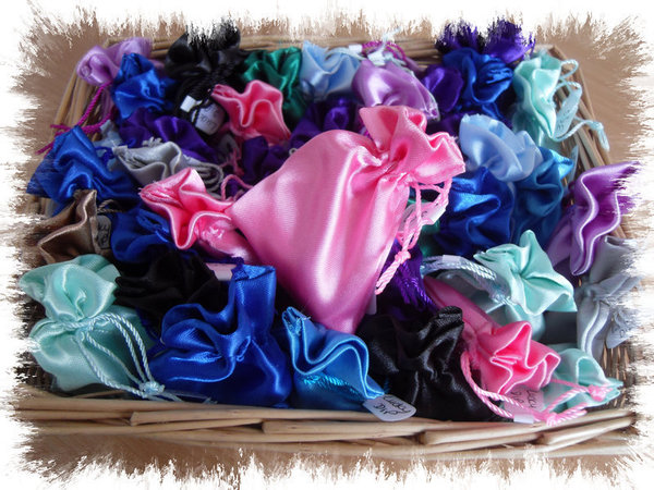 Personal Crystal of the Week Ahead in Satin Keepsake Pouch.